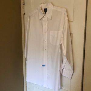 Men's Jos. A. Bank casual button down shirt 👕